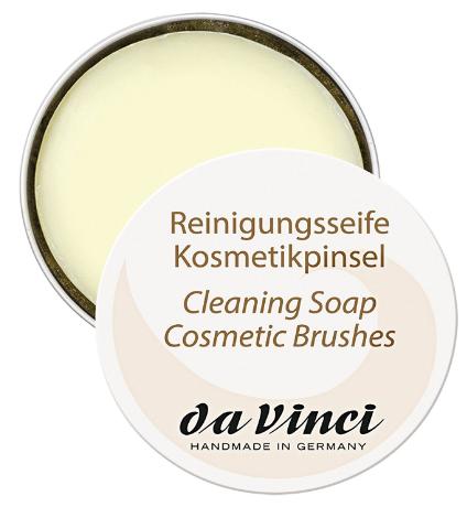 Reinigungsseife & Kosmetikpinsel
